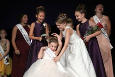 Mirabelle Cline prepares to be crowned Little Miss Woodbury Princess at the Woodbury Ambassador Coronation on Aug. 27, 2018, at Crossroads Church. Hannah Black / RiverTown Multimedia